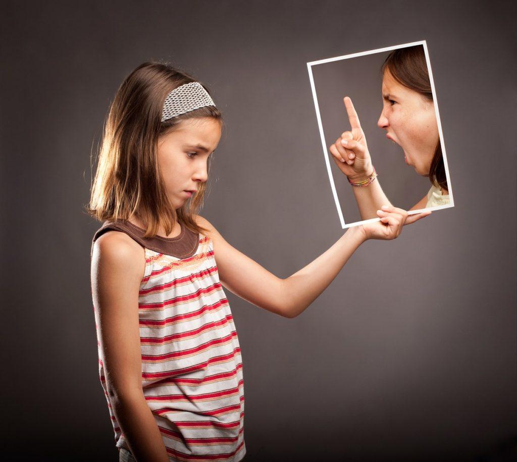 Обижаясь на родителей, мы привлекаем к себе неудачи.