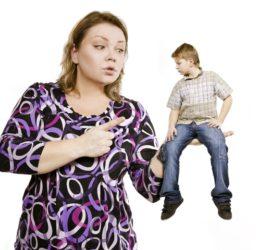 Эмоциональное насилие матерей над своими сыновьями.
