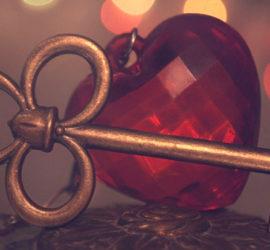 Заговоры на ключи для достатка в доме